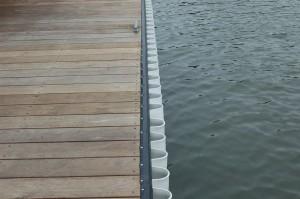 black rub rail and white wave gaurd