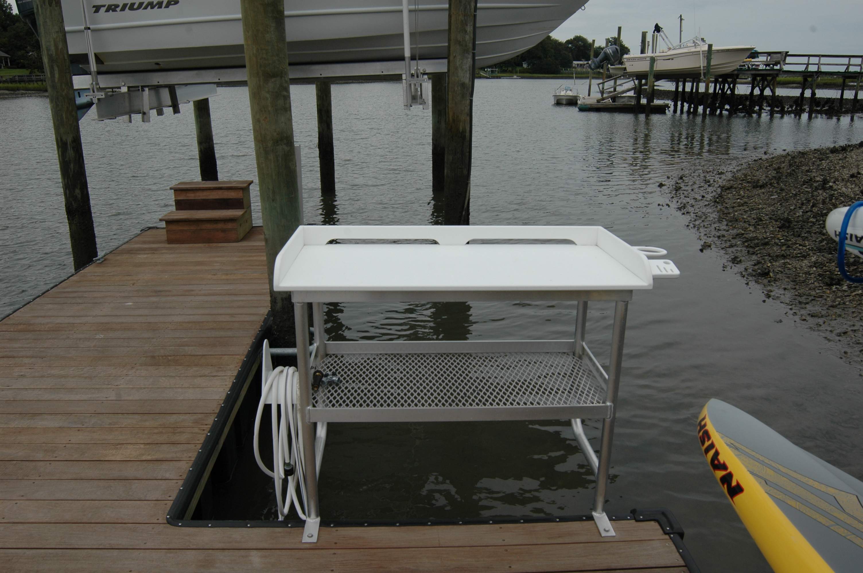 Fish cleaning stations boatzright wilmington nc boat for Homemade fish cleaning table